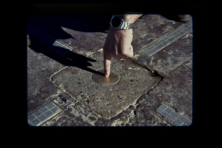 1977, dirt from four states used to create ring on Four Counters Monument